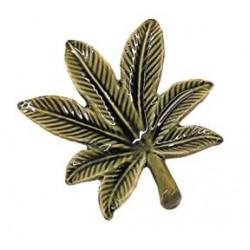 ashtray | cannabis leaf | porcelain