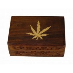 Wood box with Cannabis leaf |10x15 cm